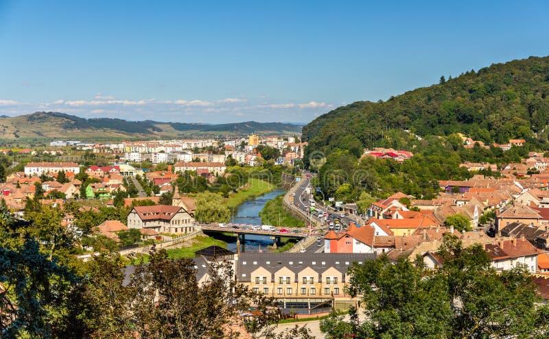 Vista de Sighisoara sobre el río de Tarnava fotos de archivo libres de regalías