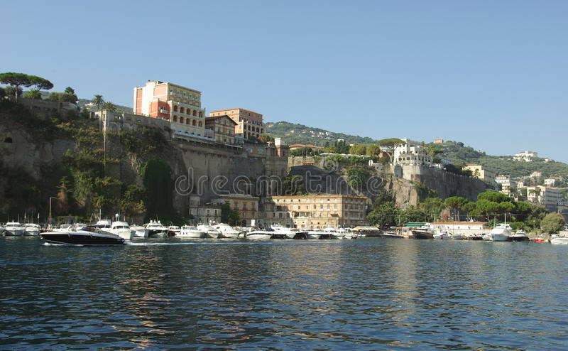 Vista de Sorrento, Italy fotos de stock