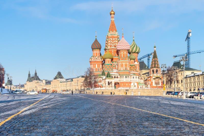 Vista de St Basil Cathedral de Vasilevsky Spusk imagenes de archivo