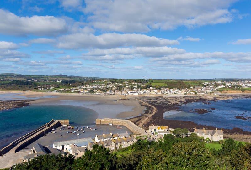 Vista de St Michaels Mount Cornwall England foto de stock