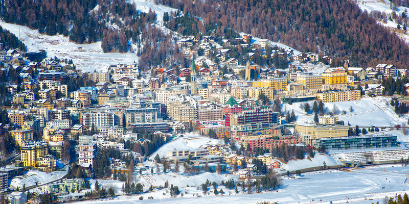 Vista de St Moritz imagenes de archivo
