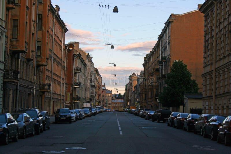 Vista de St Petersburg Séptima calle soviética fotografía de archivo libre de regalías