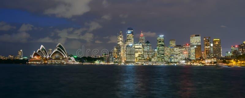 Vista de Sydney e do porto imagens de stock