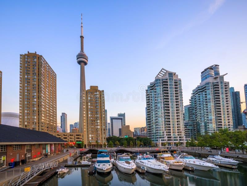 Vista de Toronto céntrica imágenes de archivo libres de regalías