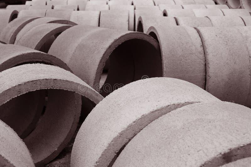 Vista de tubos concretos imágenes de archivo libres de regalías