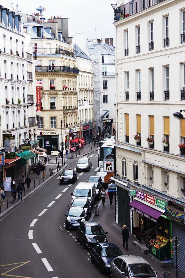 Vista de um hotel de Paris na rua imagens de stock royalty free