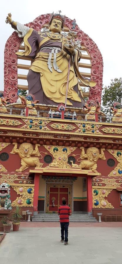 Vista de um mosteiro em dehradun Uttarakhand na Índia imagens de stock