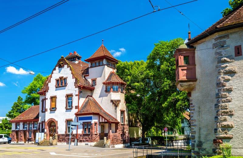Vista de uma casa tradicional em Basileia fotos de stock royalty free