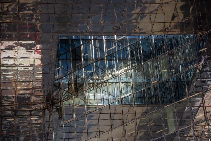 Vista de uma construção arquitetónica do negócio de Londres fotos de stock
