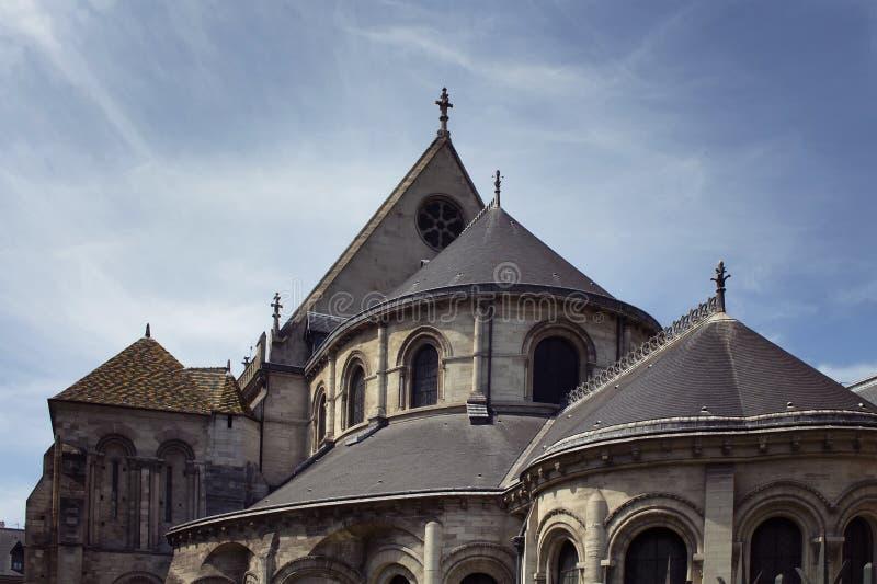 Vista de uma construção tradicional, histórica em Paris foto de stock