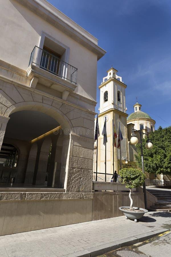 Vista de uma rua na municipalidade San Vicente del Raspeig imagens de stock royalty free