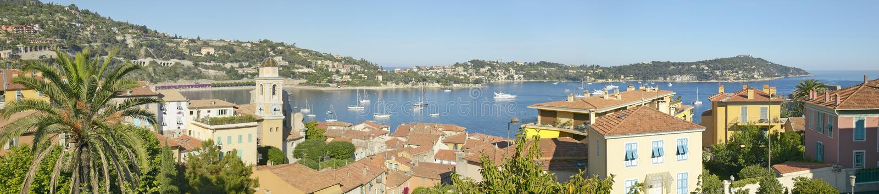 Vista de Villefranche-sur-Mer, riviera francesa, Francia imagenes de archivo