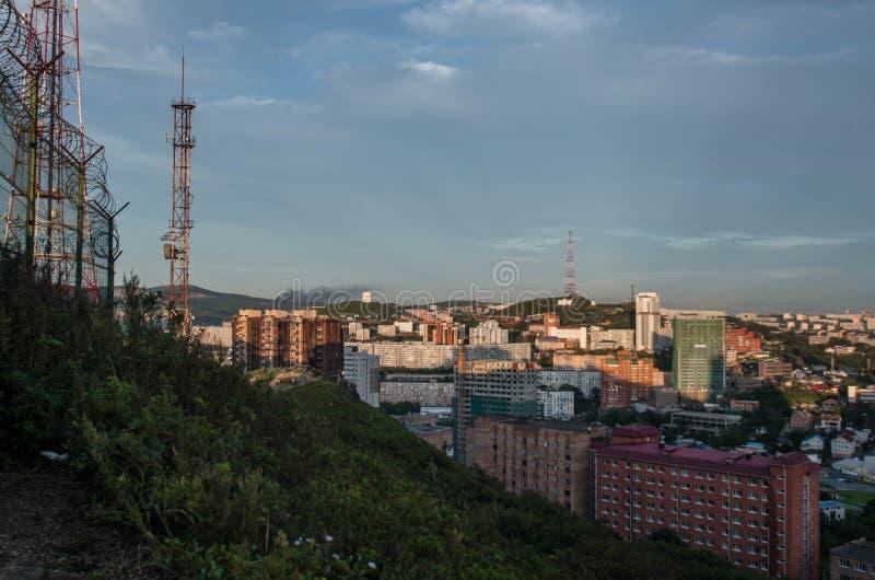 Vista de Vladivostok desde la colina fotografía de archivo