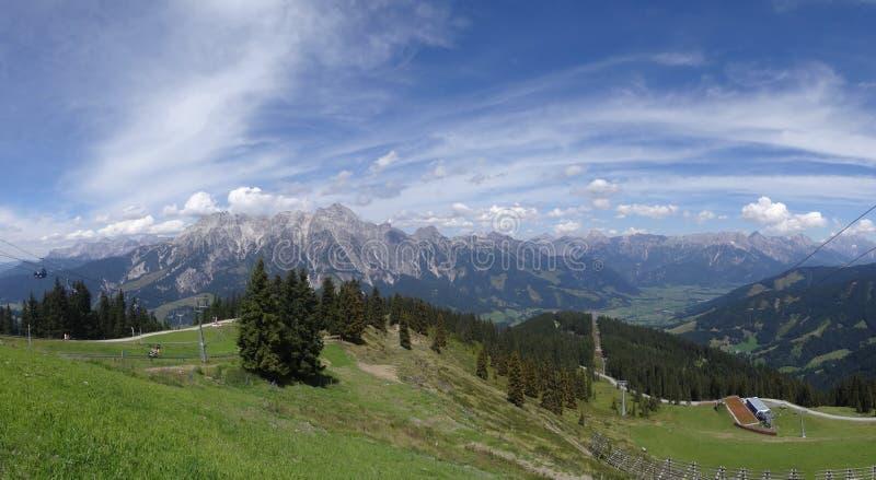 Vista de Wildkogel, Áustria fotografia de stock