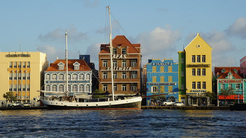 Vista de Willemstad, Curaçao fotos de archivo
