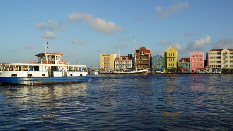 Vista de Willemstad, Curaçao fotografía de archivo libre de regalías