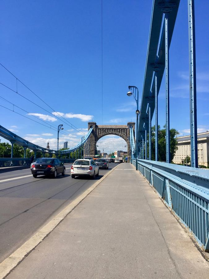 Vista de Wroclaw, amante Silesian, Polônia Ponte de Grunwald, rio Oder foto de stock royalty free
