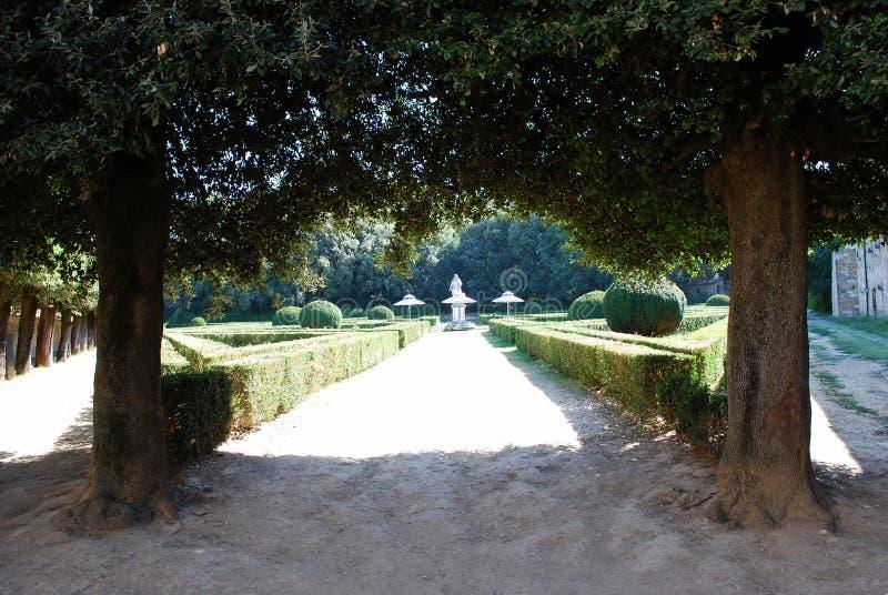 Vista dei giardini pubblici di Horti Leonini, ` Orcia di San Quirico d fotografia stock