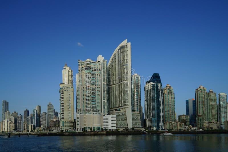 Vista dei grattacieli di Panamá, Panama di primo mattino fotografie stock libere da diritti