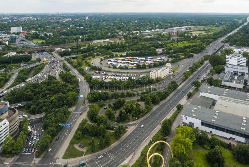 Vista del área del comercio justo y de la parte occidental de Berlín imagen de archivo