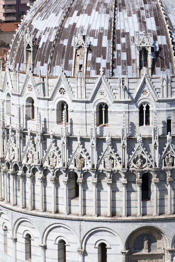 Vista del Baptistry de la catedral en Pisa fotos de archivo libres de regalías