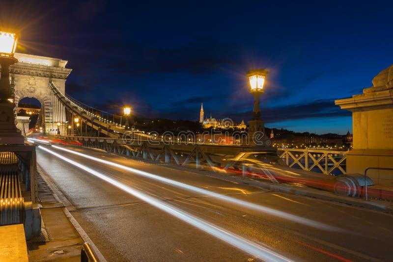 Vista del bastione del pescatore dal ponte a catena Budapest fotografia stock