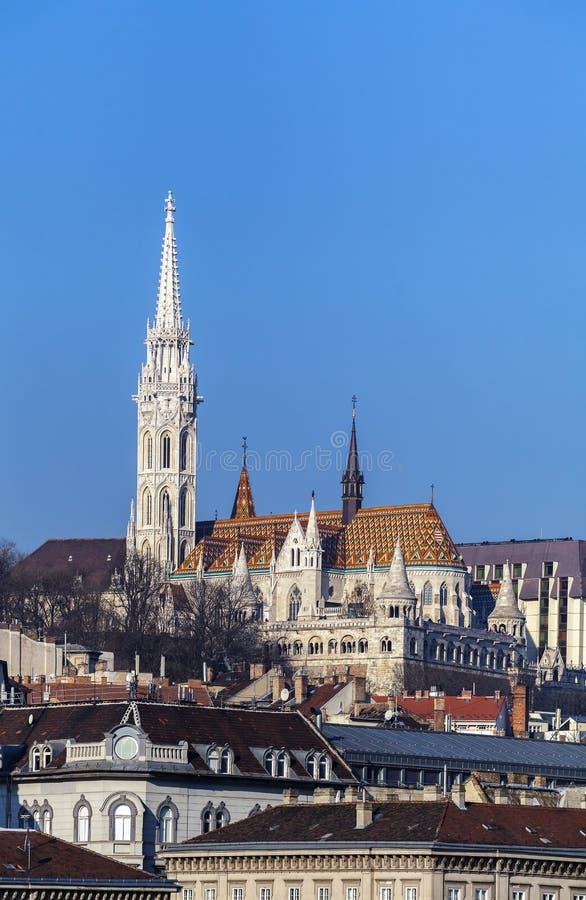 Vista del bastione del pescatore e di Matthias Church a Budapest Ungheria fotografia stock libera da diritti