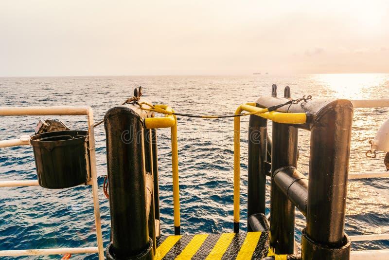 Vista del buque costero boatlanding - instalación para el cambio del equipo foto de archivo libre de regalías