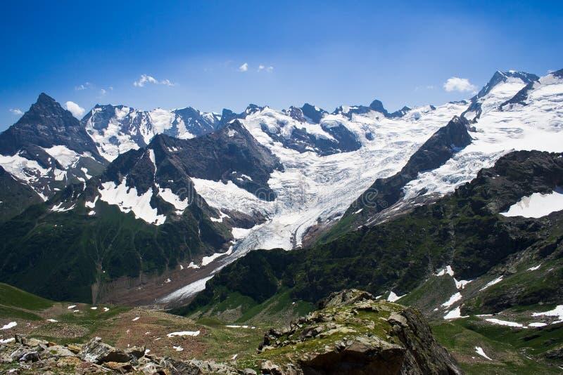 Vista del Cáucaso occidental imagen de archivo