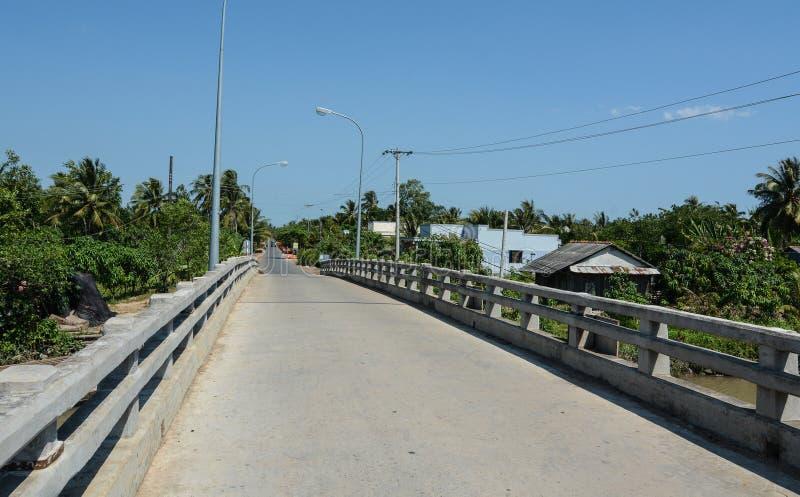 Vista del camino rural en Tien Giang, Vietnam fotografía de archivo libre de regalías
