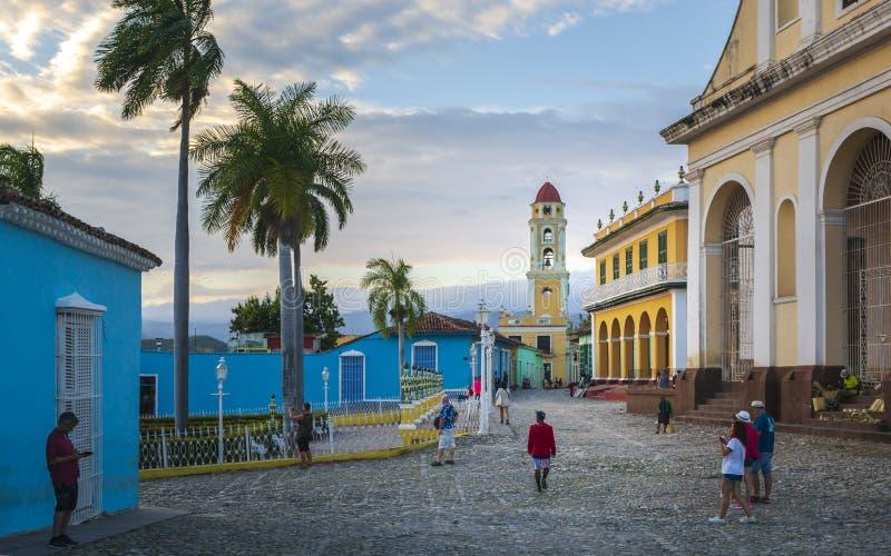 Vista del campanario y de Trinidad fotos de archivo libres de regalías