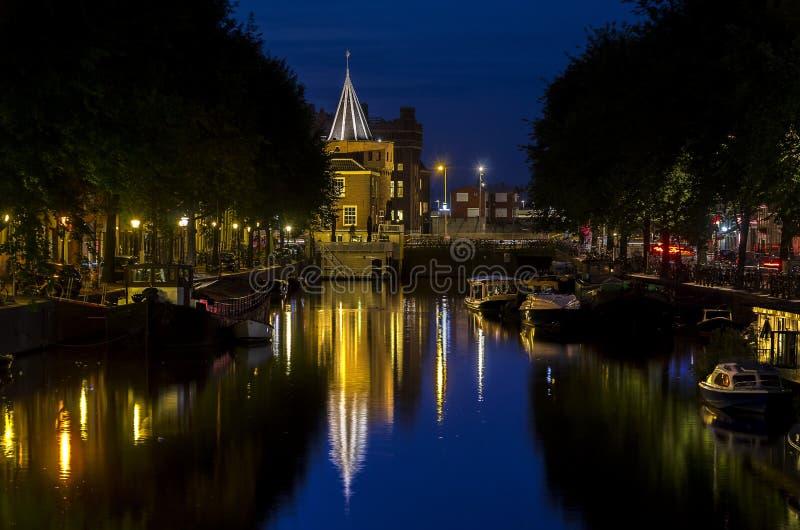 Vista del canale di Amsterdam immagini stock libere da diritti