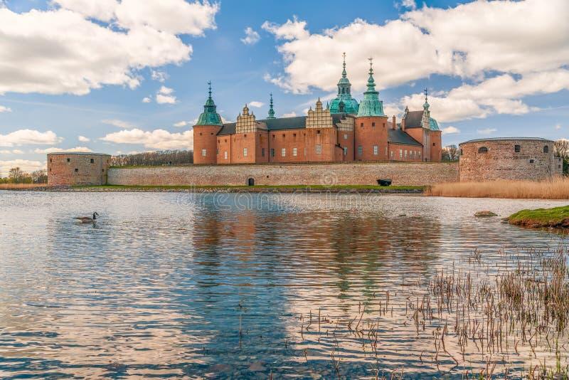 Vista del castello storico di Kalmar nella citt? di Kalmar sweden fotografia stock libera da diritti