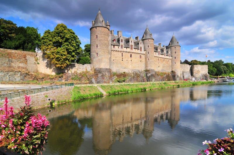 Vista del castillo de la ciudad de Josselin en Bretaña, Francia imagen de archivo
