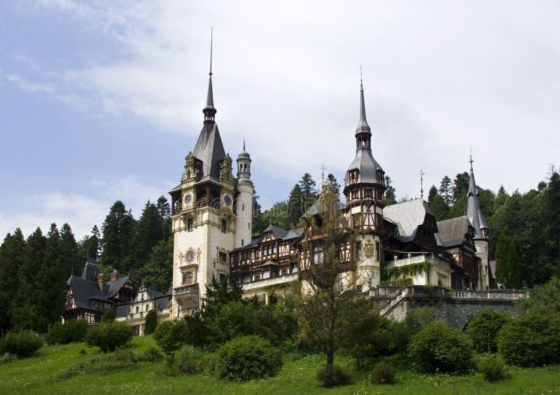 Vista del castillo de Peles fotografía de archivo libre de regalías