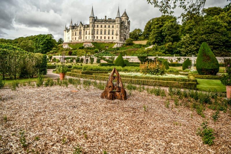 Vista del castillo Escocia Reino Unido de Dunrobin imagenes de archivo