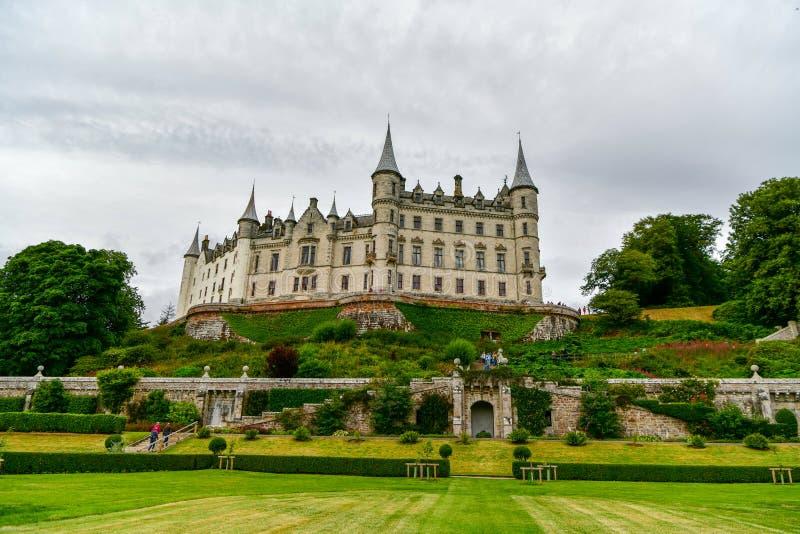 Vista del castillo Escocia Reino Unido de Dunrobin imagen de archivo libre de regalías