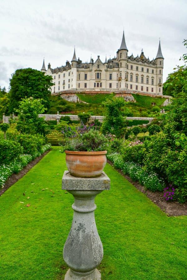 Vista del castillo Escocia Reino Unido de Dunrobin imágenes de archivo libres de regalías