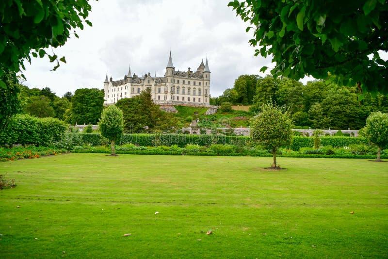 Vista del castillo Escocia Reino Unido de Dunrobin foto de archivo libre de regalías