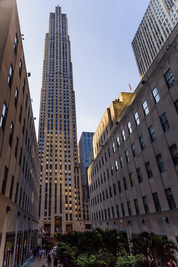 Vista del centro de Rockefeller y de su zona verde el canal GA imágenes de archivo libres de regalías