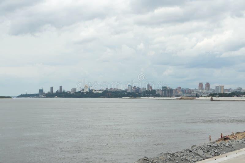 Vista del Chabarovsk sul fiume l'Amur fotografia stock
