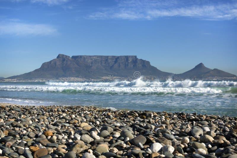 vista del Chiaro-cielo della montagna della Tabella, Cape Town, Sudafrica immagine stock libera da diritti