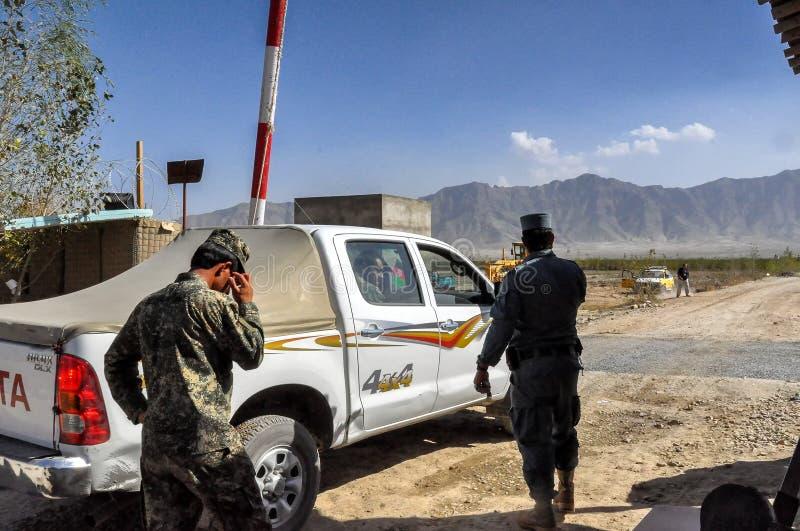 Vista del controllo di polizia in Afghanistan immagine stock libera da diritti