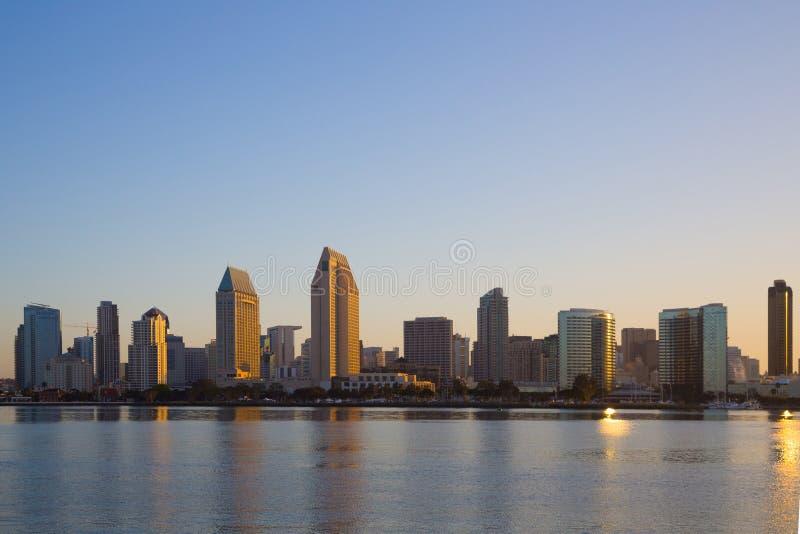 Vista del doutown de San Diego de la isla de Coronado imagen de archivo