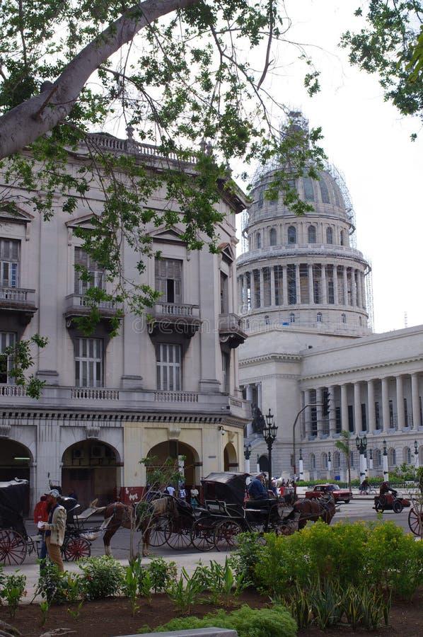 Vista del EL Capitolio en La Habana, Cuba imagenes de archivo