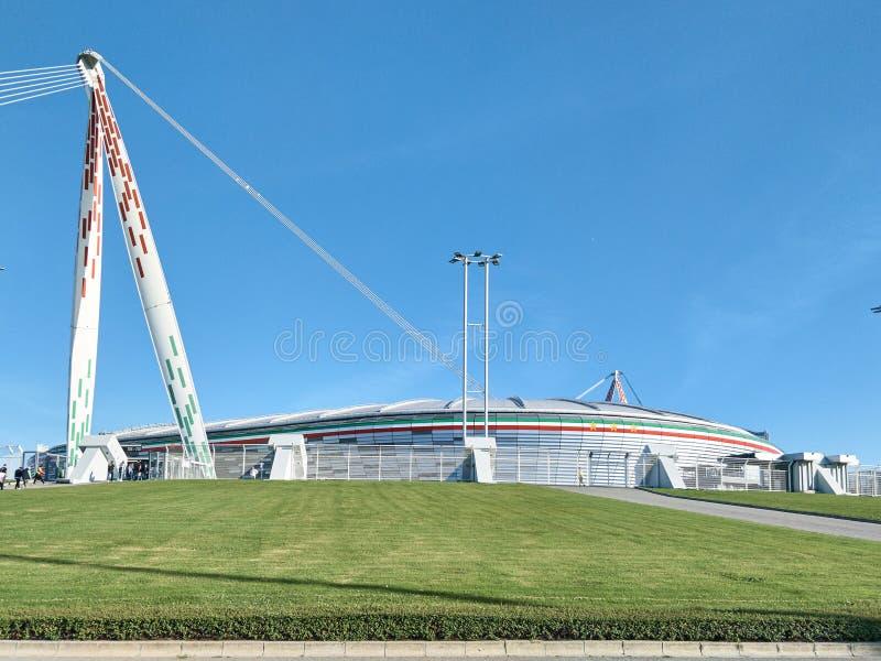 Vista del estadio de Allianz, el campo del hogar de Juventus fotografía de archivo