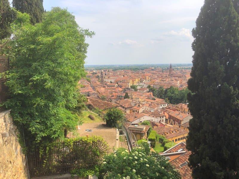 Vista del fiume di Adige, Verona, Italia immagini stock libere da diritti