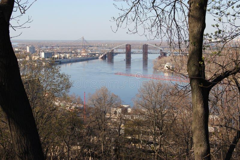 Vista del fiume di Dnieper a Kiev immagine stock libera da diritti