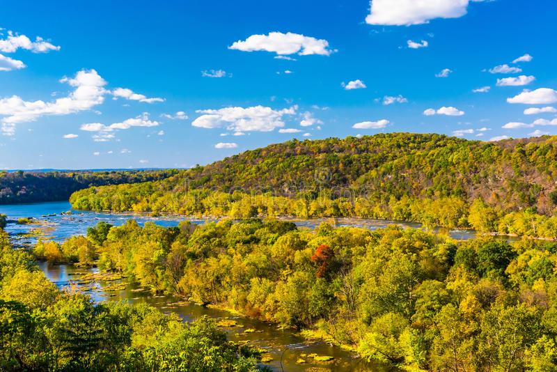 Vista del fiume Potomac da una sommità in traghetto di Harper, ad ovest fotografie stock libere da diritti