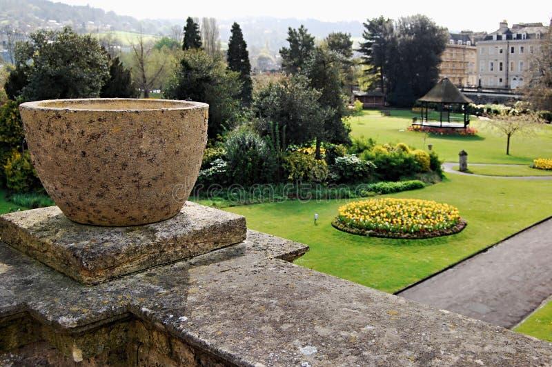 vista del giardino della proprietà fotografia stock libera da diritti
